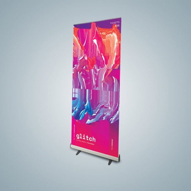 Standard base roller banner